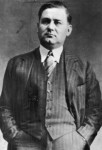 "George ""Bugs"" Moran was a Chicago Prohibition-era gangster for the North Side Gang led by Dean O'Bannon."